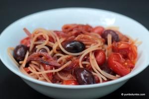 Cherry tomato and olive spaghetti_picture 1